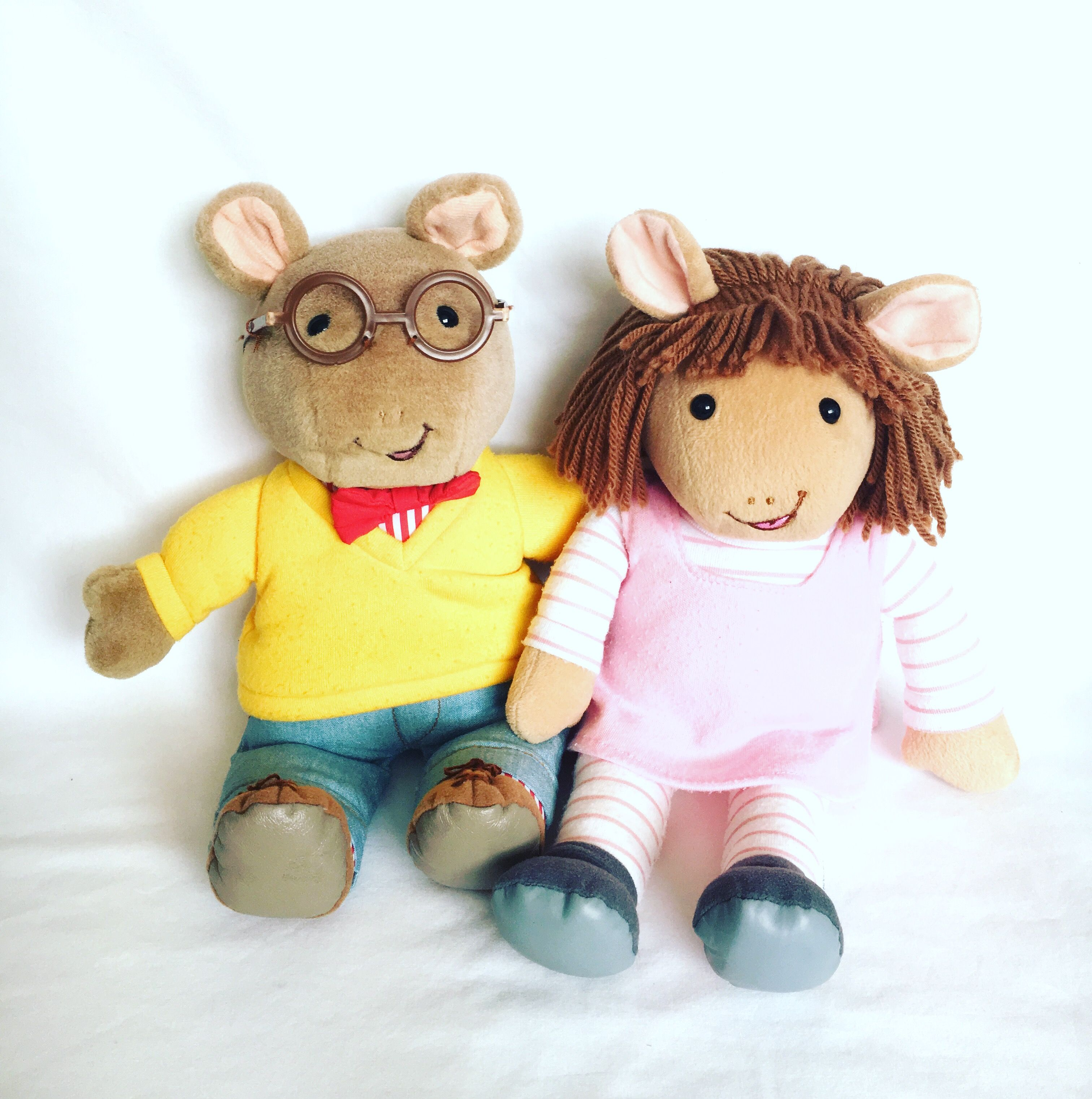 Arthur And D W In 2020 Vintage Toys 90s Kids Pbs Kids