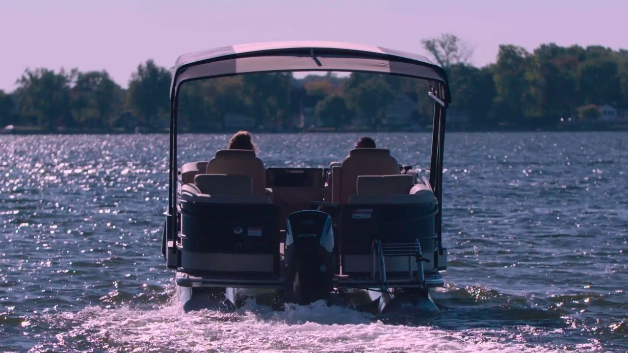 Easy Cover An Automatic Pontoon Boat Cover System In 2019