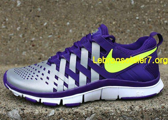 954ad9b5de63 Nike Free Trainer 5.0 Court Purple Volt Reflective Silver 579813 500 ...