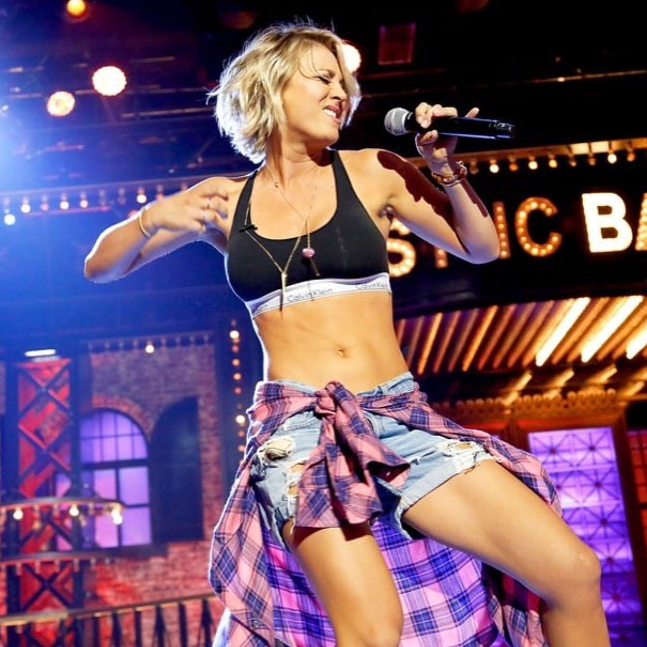 Pin by Jan Häll on Kaley Cuoco | Kaley cuoco, Lip sync battle, Lip sync