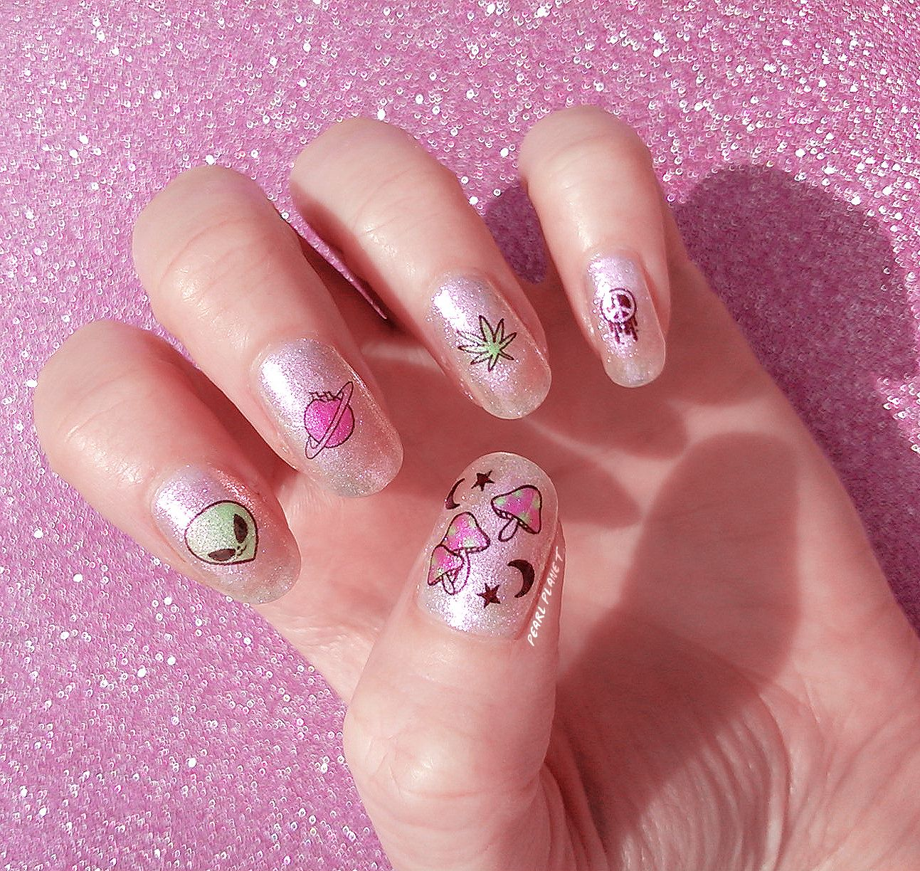Pin by Katie Johnson on Nails | Light colored nails, Nail ...