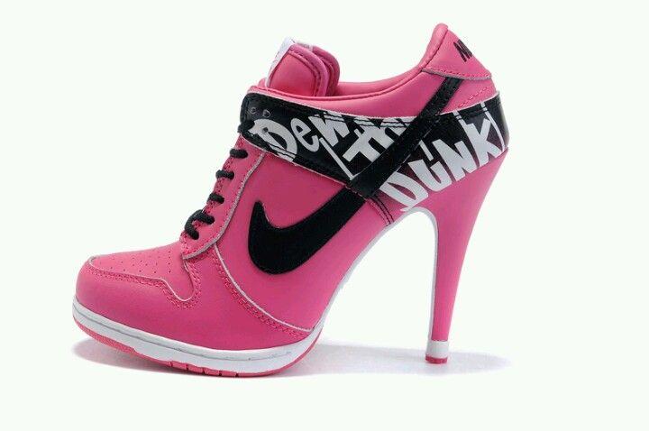 5c776ff1f2e nike sneaker met naald hak | shoezzz | Schoenen, Sportschoenen, Nike ...
