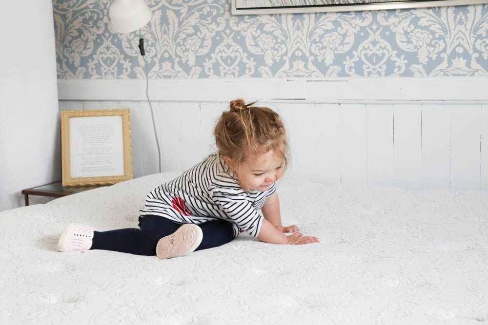 How to clean mattress stains like pee clean mattress