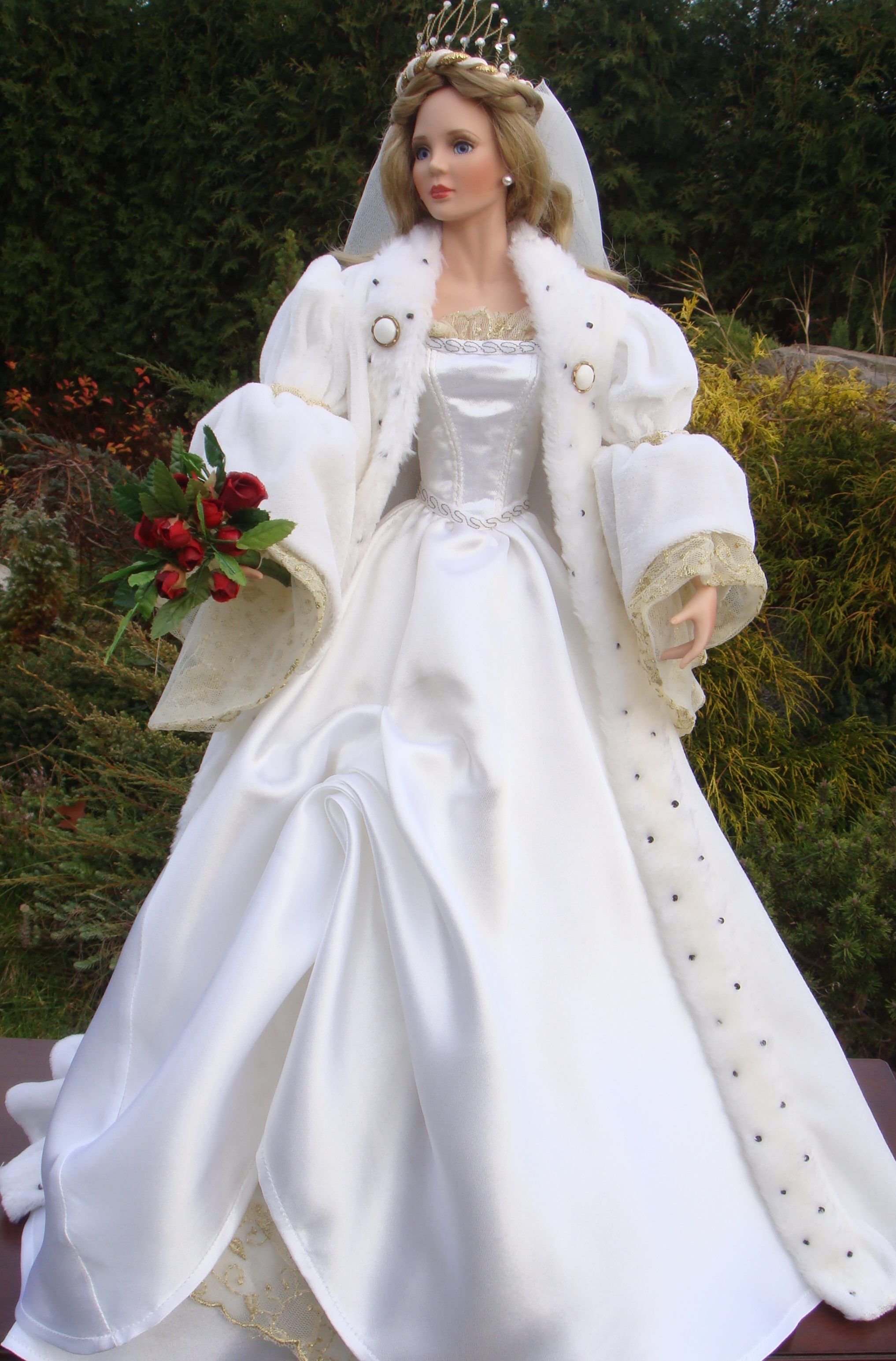 Doll wedding dress  Sleeping Beauty Bride  Cindy McClure  AshtonDrake Galleries