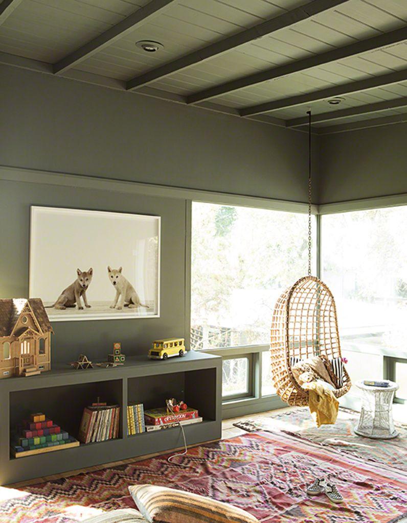 Un plafond et des murs kaki pour une chambre d'enfant tendance ...