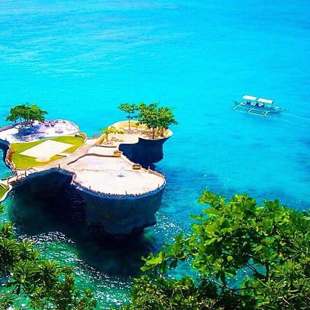 Boracay, Philippines. Photo courtesy of globaltouring on Instagram.