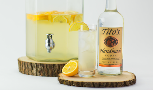 Here S How Tito S Handmade Vodka Grew Its Twitter And Instagram Communities By 43 5 And 12 6 Respectively Within Four Months Vodka Tito Tito S Vodka Bottle