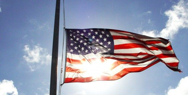 Snap Agency Blog Post Social Media S Role In The Wake Of Boston Marathon Tragedy American Flag Etiquette Flags Half Staff Flag Display