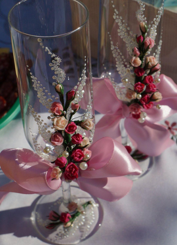 Wedding champagne glassesWedding toasting flutes Pink