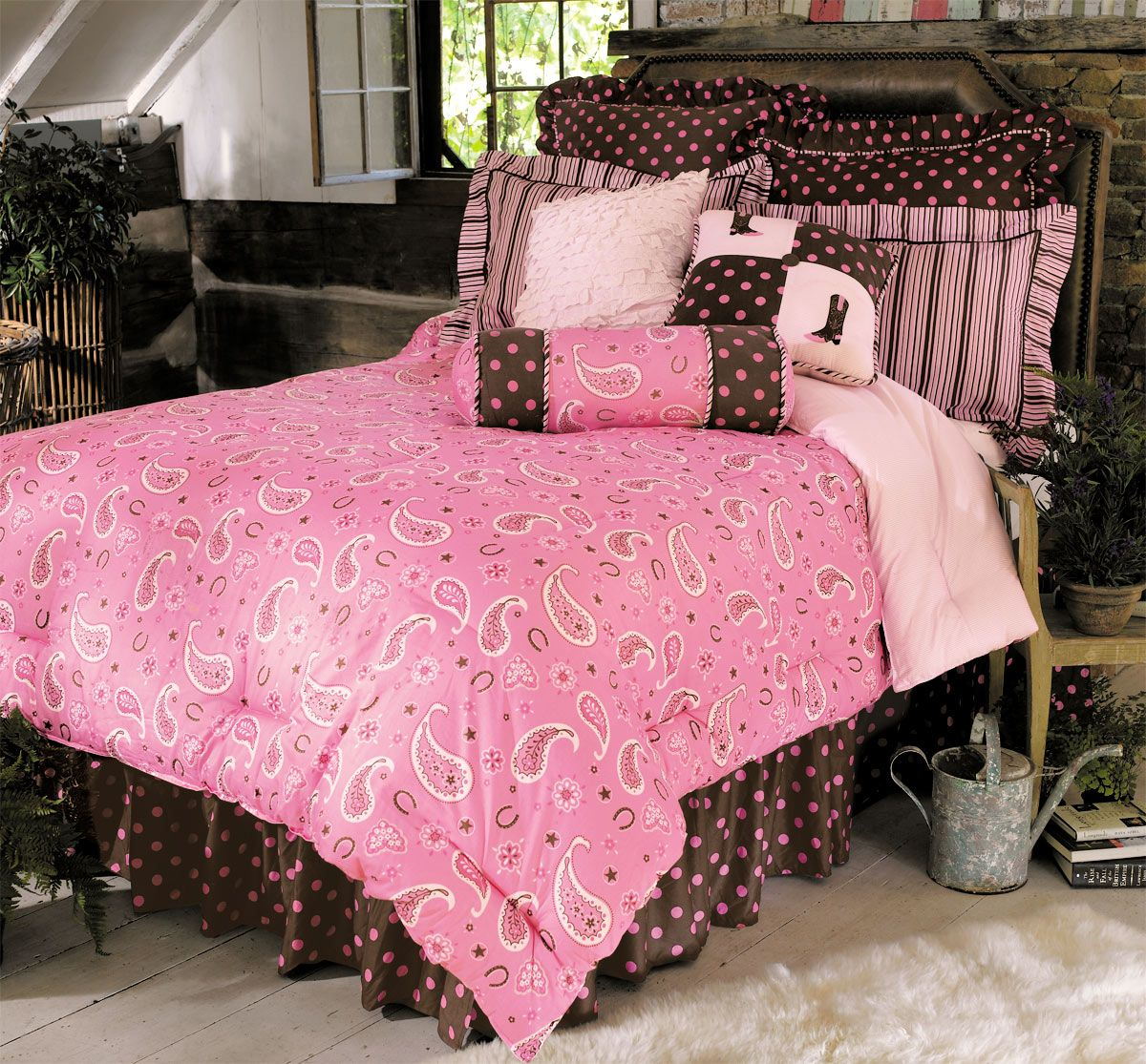 Pink Paisley Western Bed Set - Twin   Cowgirl bedroom ...