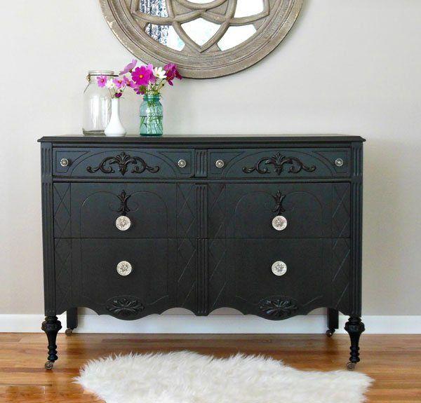 Todo lo que hay que saber para decorar con muebles pintados de negro ...