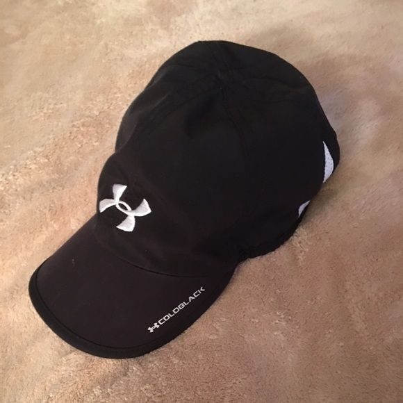 Woman s under armor hat Lightly used woman s black under armor sports cap  Under Armour Accessories Hats ee0e9f61b9a