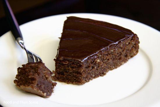 Food and Then Some: Reine De Saba Avec Glacage Au Chocolat