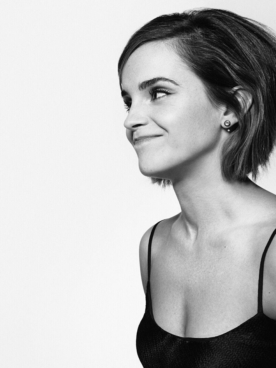 Emma Watson Kn0wy0u Cool Hair Pinterest Bobs Angled Bobs And