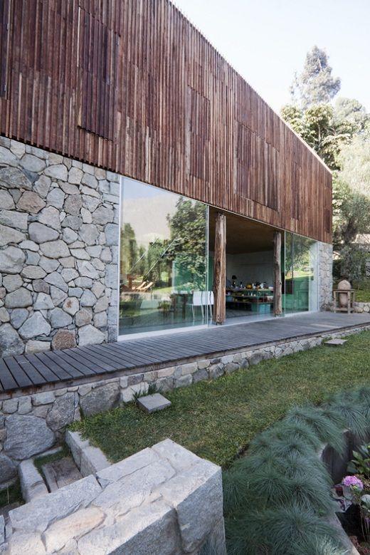 Vivienda de piedra y madera fachadas pinterest for Viviendas de campo modernas