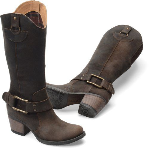I still want these Nike equestrian bootscomplete with the