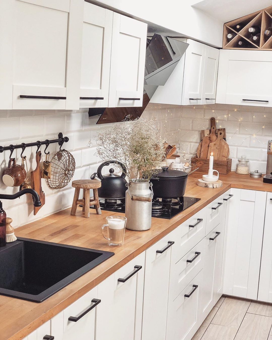 12 Idées Déco pour Cuisine Scandinave   Idée déco cuisine, Cuisine ...