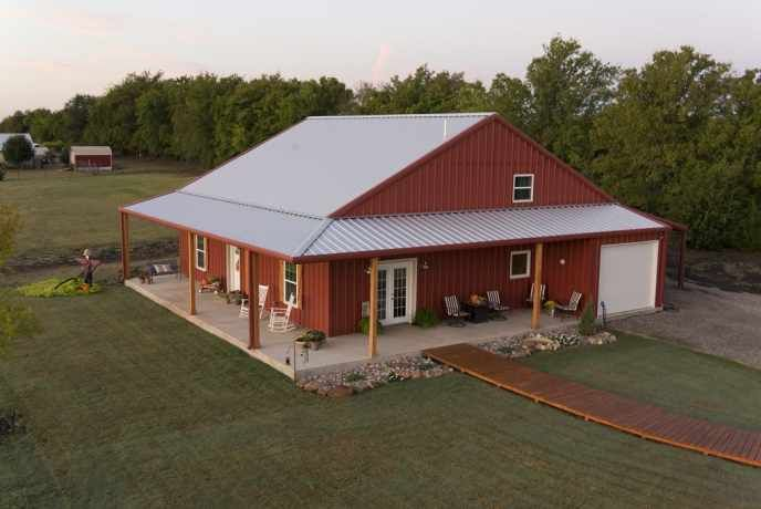 What Are Pole Barn Homes & How Can I Build One? | Metal Building Homes #polebarnhomes