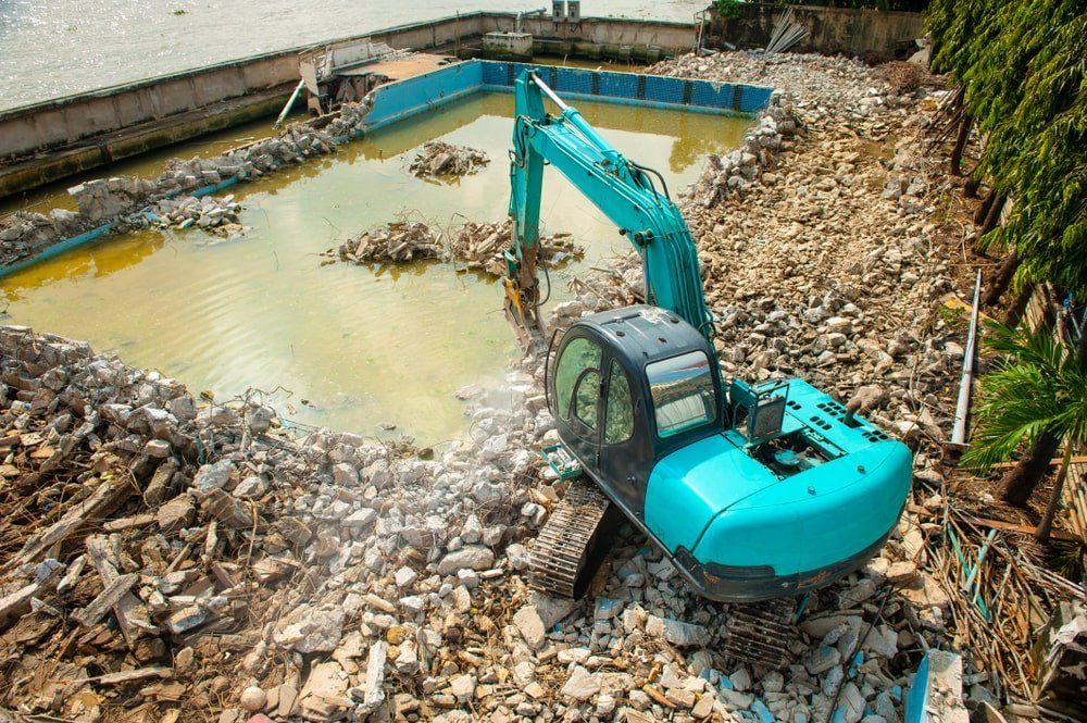 How Much Does It Cost To Remove A C Concrete Pool Concrete Swimming Pool Swimming Pool Removal