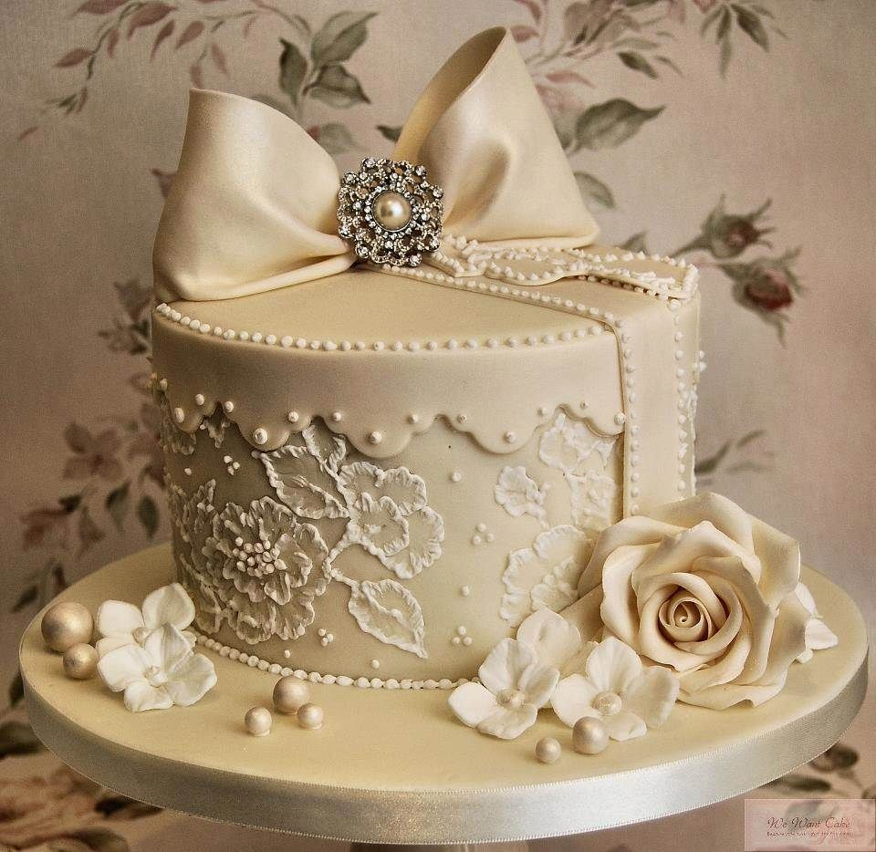 Cakes images wedding cake hd wallpaper and background photos - Small Wedding Cake Pieces Hd Photo Download Hd Famous Wallpapers 826 1023 Images Of Wedding