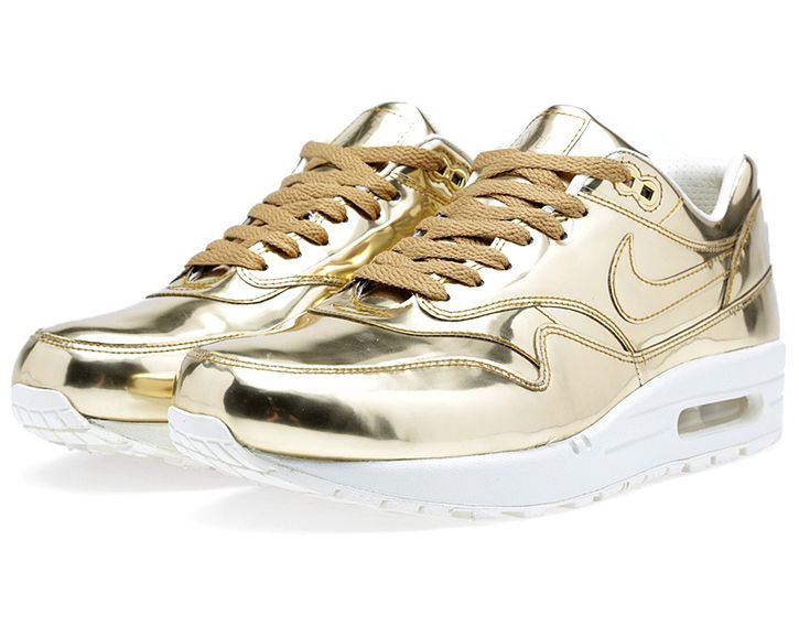 LUSTING OVER NIKE LIQUID GOLD AIR MAX