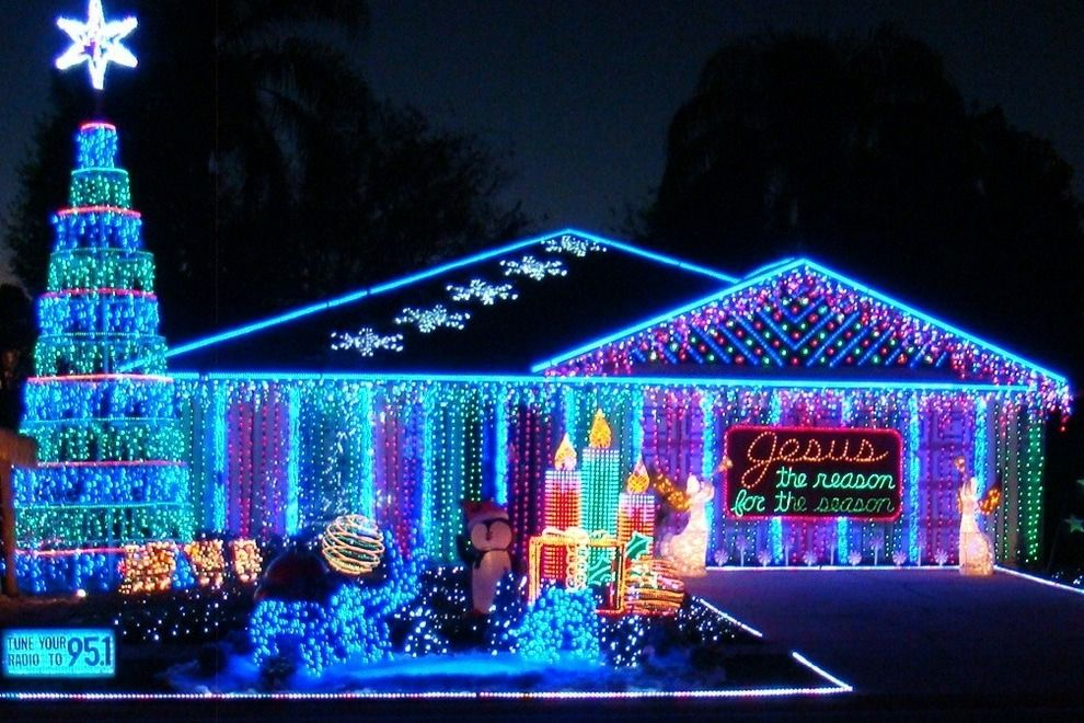 Ron From Kissimmee Fla Nominee For Best Private Lights Display Http Www 10best Com Exterior Christmas Lights Christmas House Lights Blue Christmas Lights