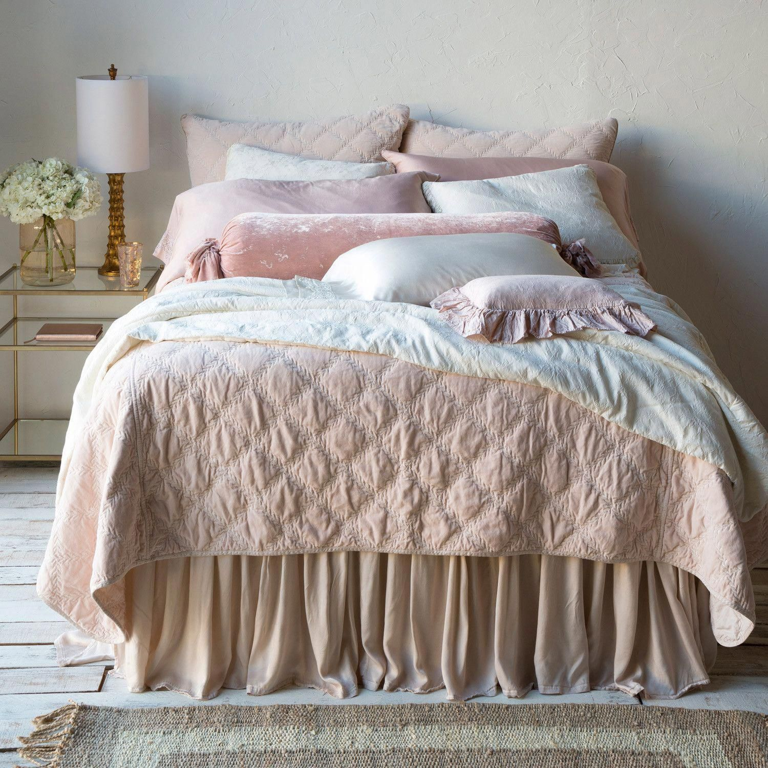 ExclusiveBedLinenIdeas Luxury bedding, Target shabby