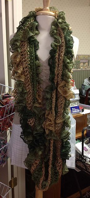 Infinity Sashay Ruffle Scarf Pattern By Gena Hester Scarf Patterns