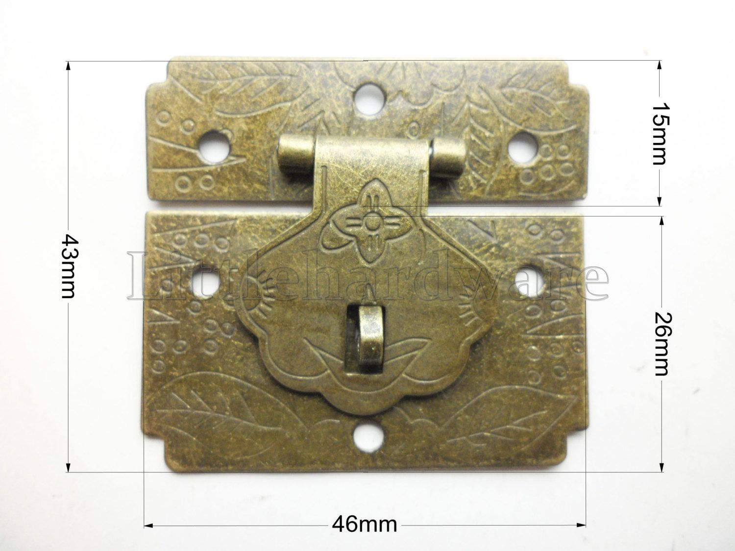 46mm x 43mm Chinese classical Carved square vintage lock catch auto
