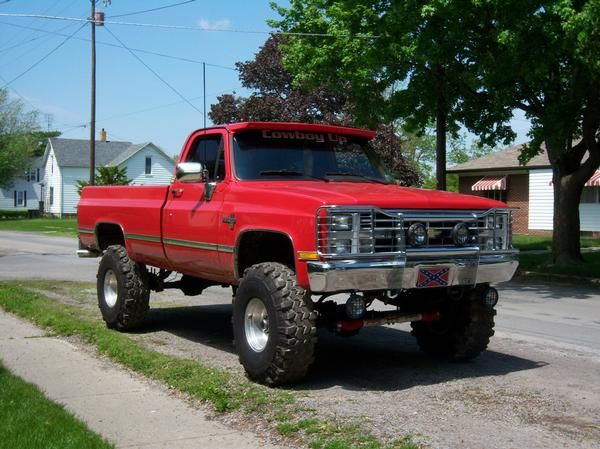 84 Chevy Shortbed This Is Perfect With Images Jacked Up