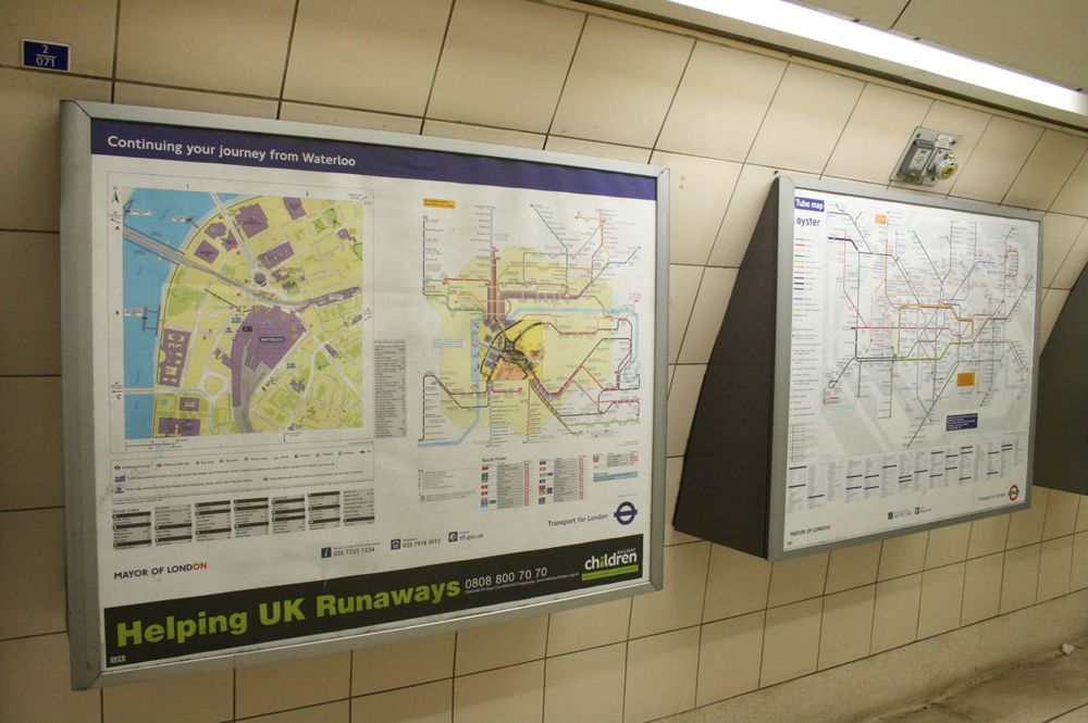 route information on display maps