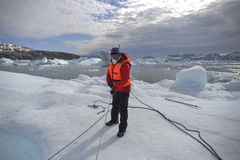 La expedición de #Greenpeace en el Ártico evidencias del cambio climático en el fiordo Ikasartivaq y las proximidades de Tinitequilaq en Groenlandia. #AlejandroSanz acompaña a la expedición #SalvaElArtico