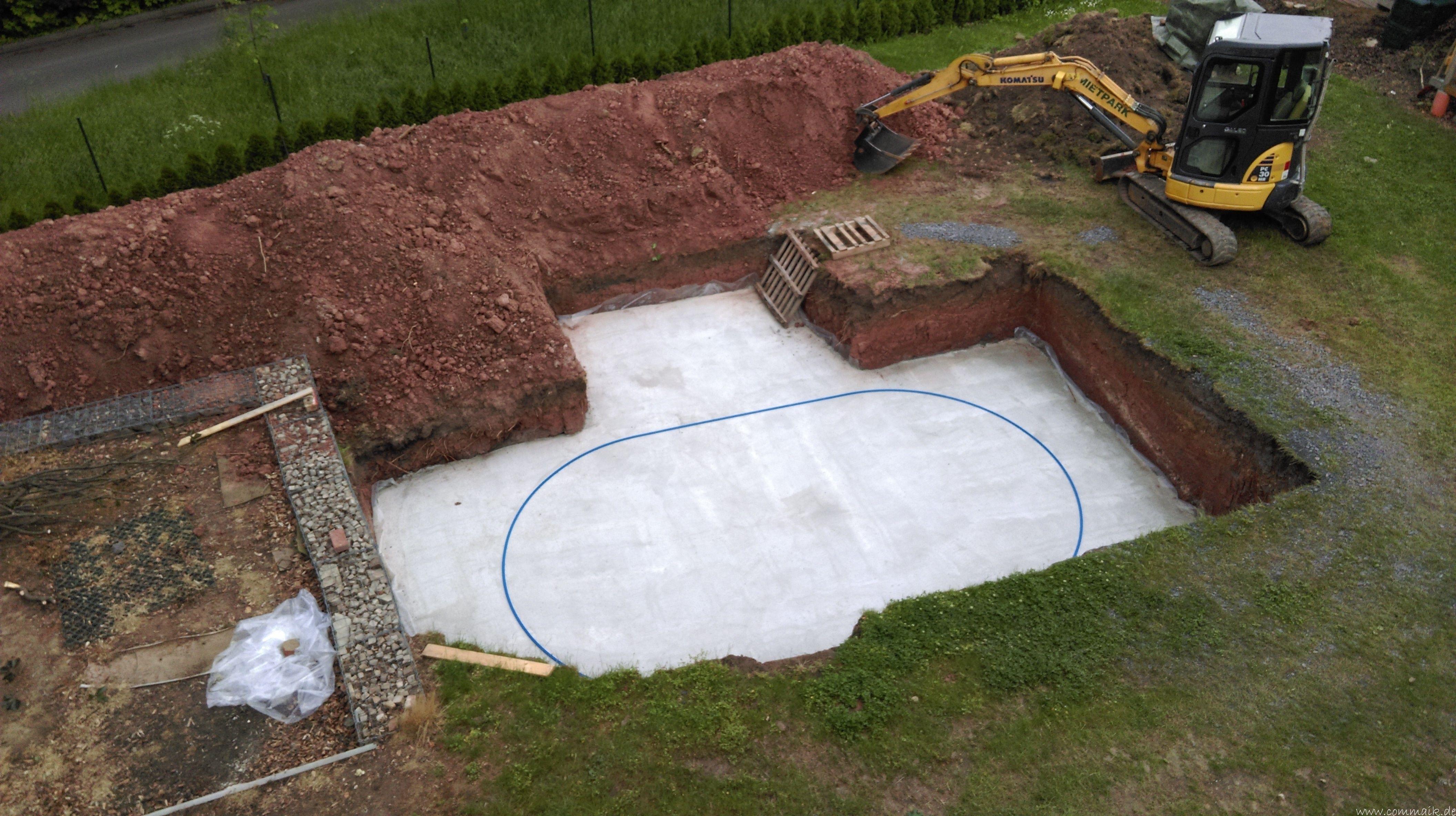 Projekt Poolbau Die Stützmauern Kommen Und Der Pool Wird