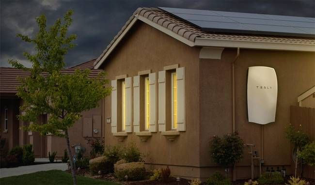 Barely A Week After Tesla S Powerwall Battery Was Announced It S Sold Out To Mid 2016 Solar Power House Solar Panels For Home Buy Solar Panels