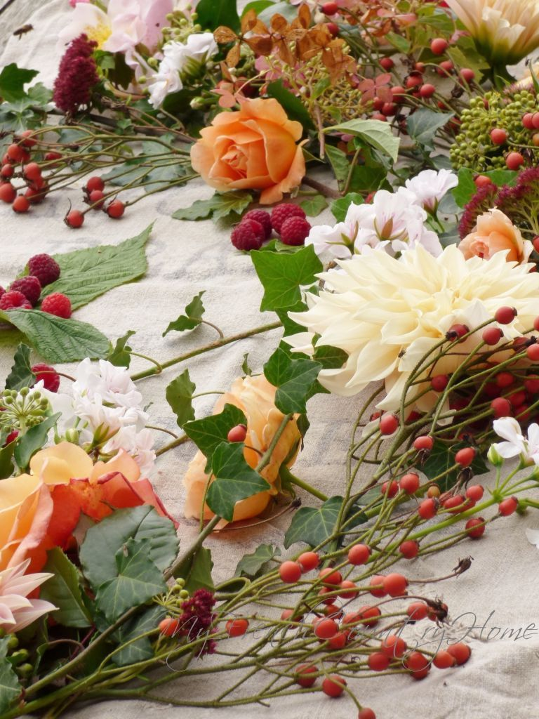 Autumn Roses And Changing Seasons My French Country Home Autumn Rose Spring Flower Bouquet Fall Flowers Garden