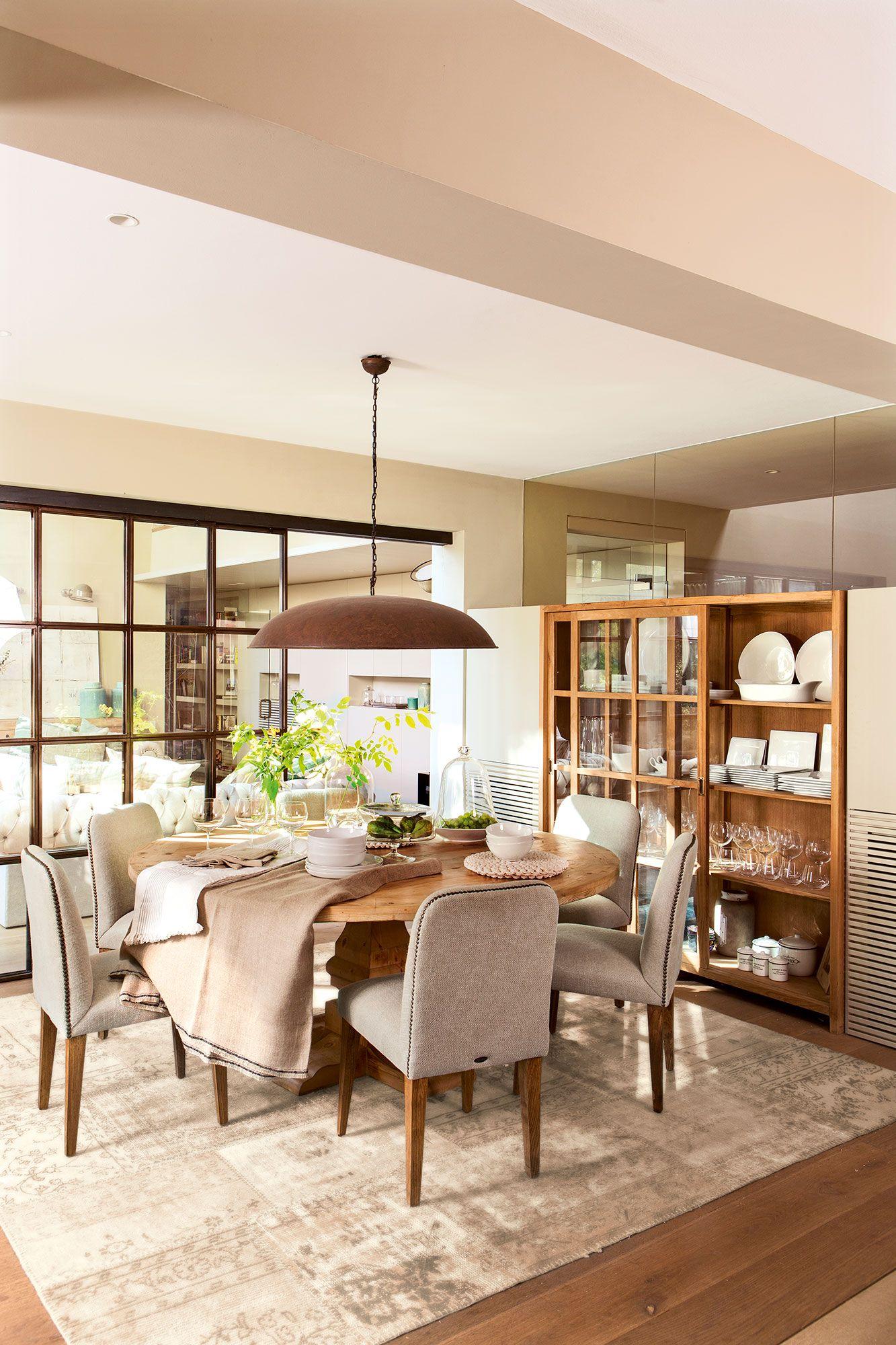 Vitrinas de dise o de el mueble en 2019 vitrina sillas for Mesas plegables salon diseno