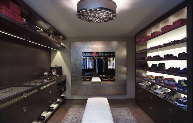 Feast on These 15 Fabulous Luxury Closets  (16)
