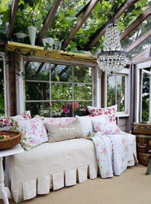 gem tliches sofa wintergarten glasfassade veranda