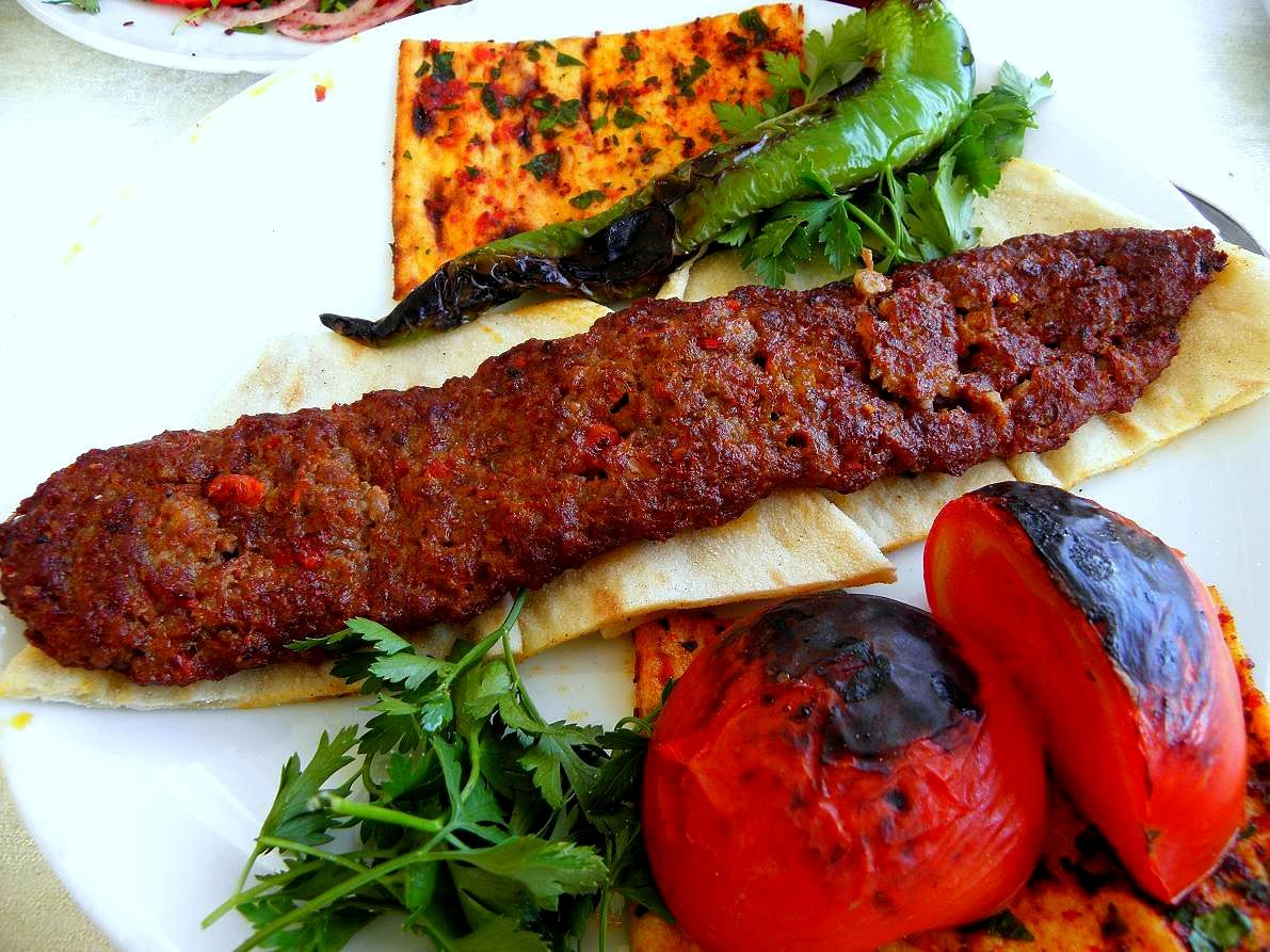 fast food near me_3791 … Lamb kebabs, Turkish recipes, Kebab