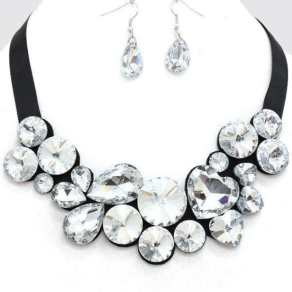 This is one of my favorites on mypinklush.com: Adjustable Felt Jewel Necklace