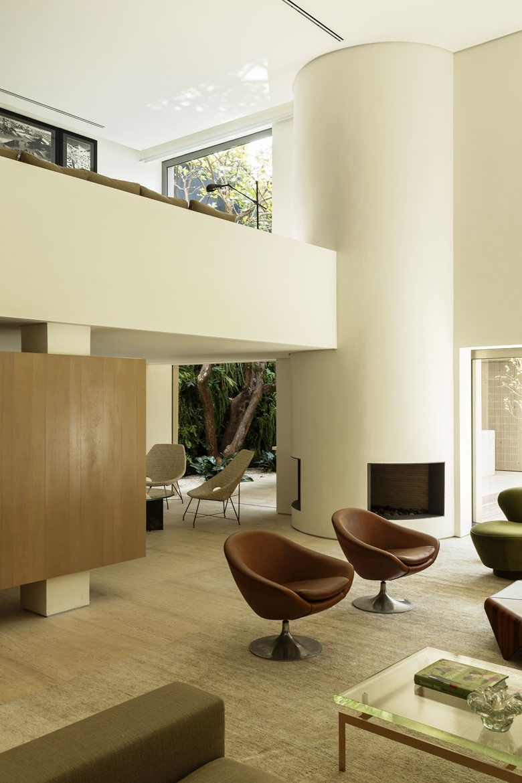 Etonnant DS House, Sao Paulo, 2015   Studio Arthur Casas