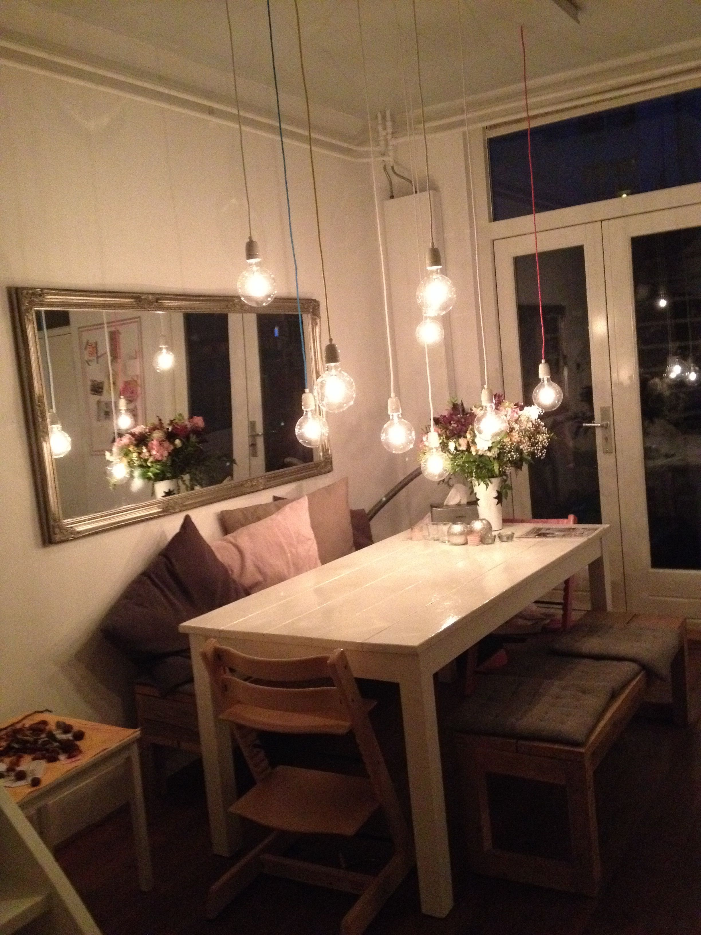Various Small Living Room Ideas: Mamalou: Many Small Lights At Various Heights. Don't Put