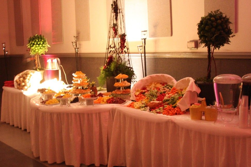 Receptions Food Displays And Prime Time On Pinterest: BUFFET TABLES FOR WEDDING RECEPTIONS