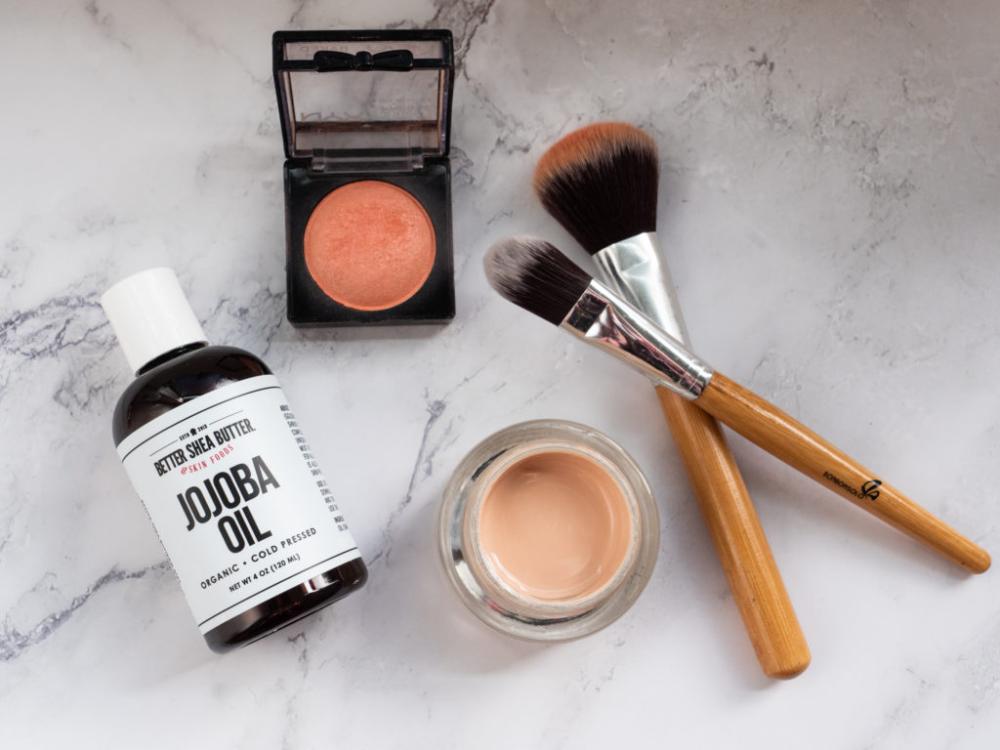 Organic Jojoba Oil in 2020 Natural makeup remover