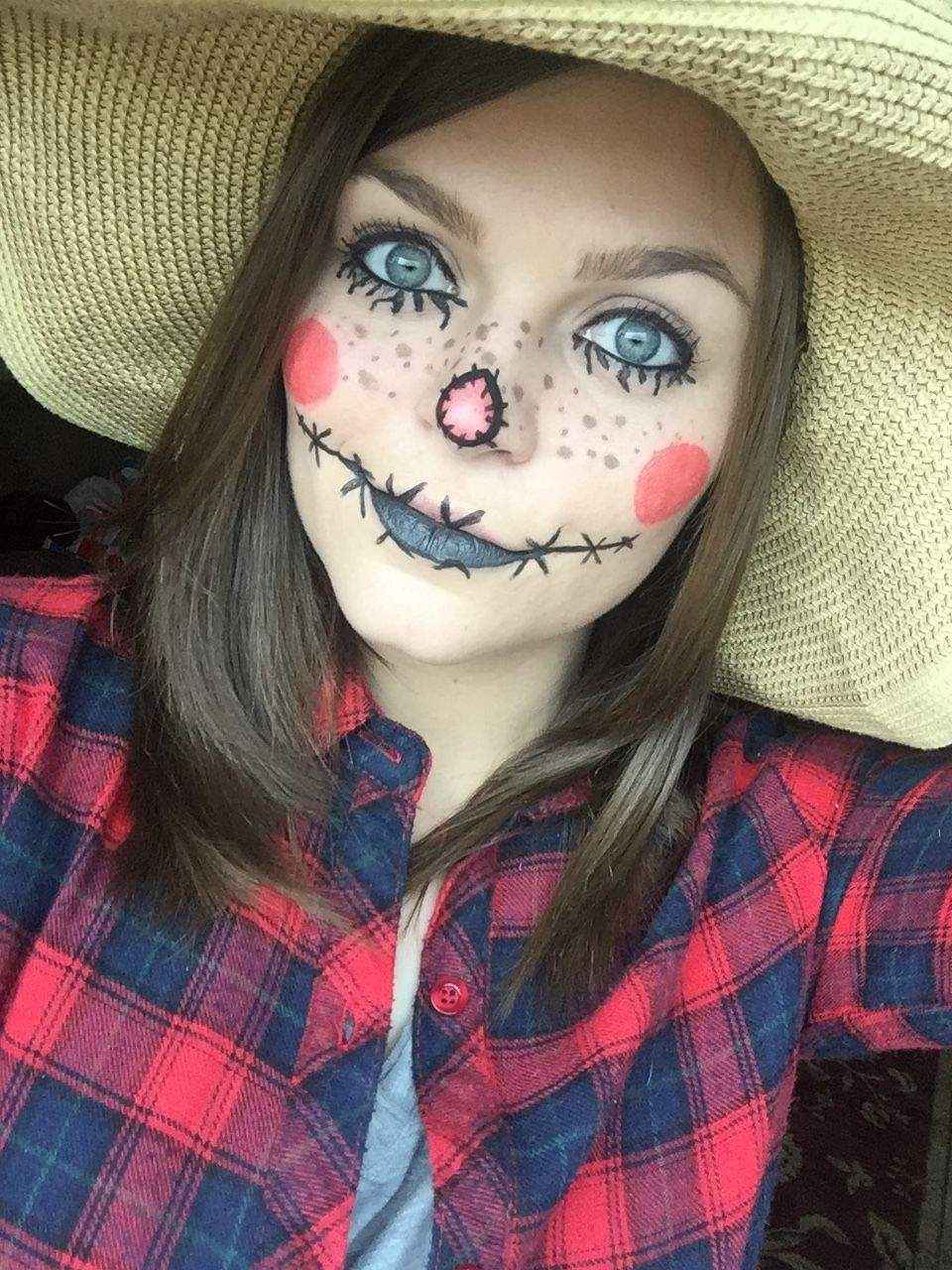 Halloween Looks Scary.Preparing For Halloween Did A Scarecrow Look Today I Might
