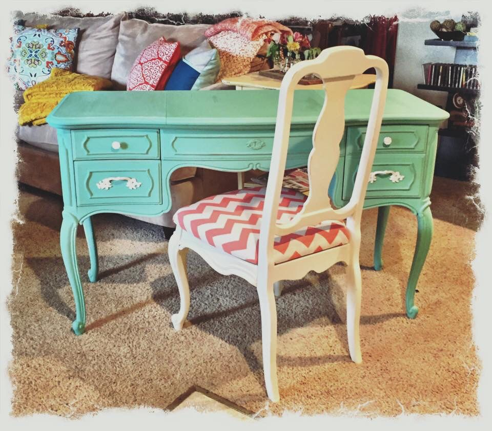 This cutie was refinished in Sweet Pickins Milk Paint in Patina.