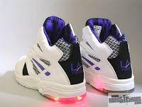 la gear lights sneakers