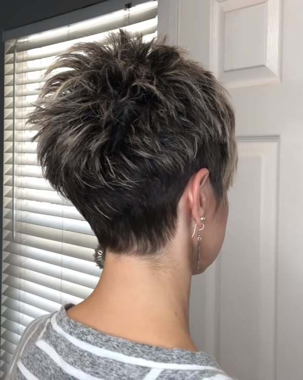 Short Pixie Hairstyles for Mature Women with Under