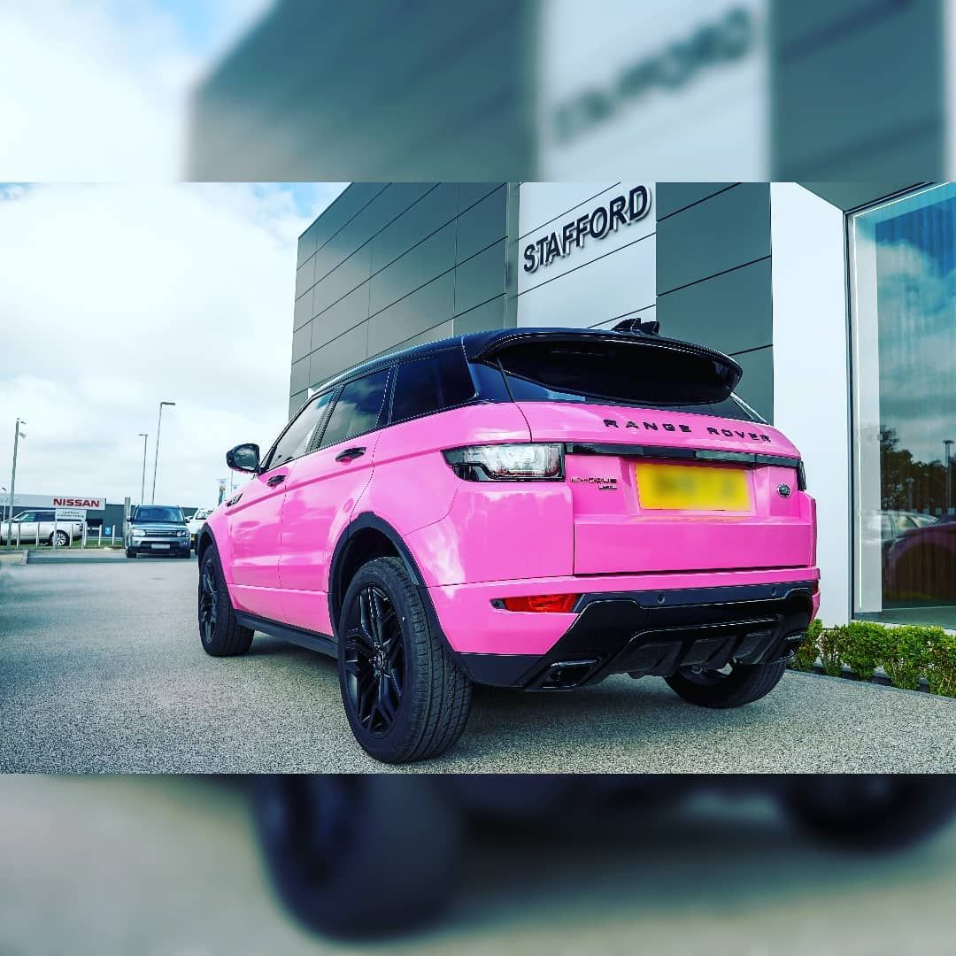 Our @landroverstaffs team are tickled pink by this brand new Range Rover Evoque