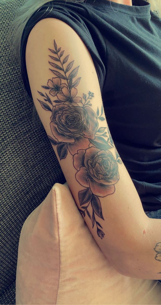 #roses #tattoosforwomen #tattoogirl #tattooideas #tatoos #tattoo #perfect #tatooart